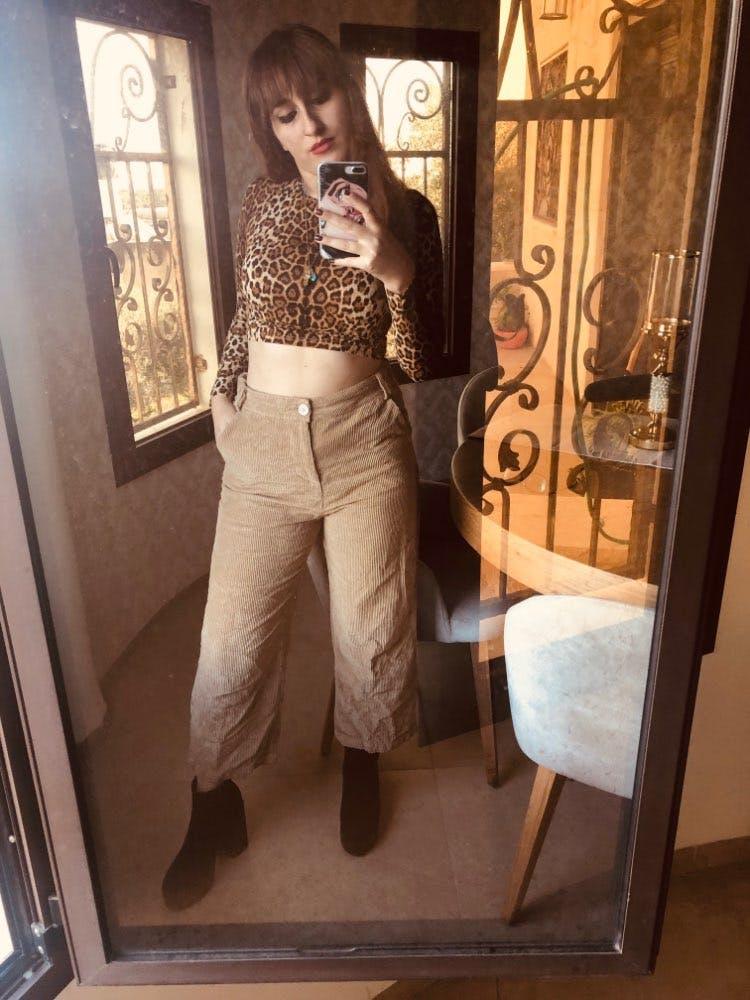 Women's Leopard Print Crop Top Long Sleeve Shirt - 1 Color