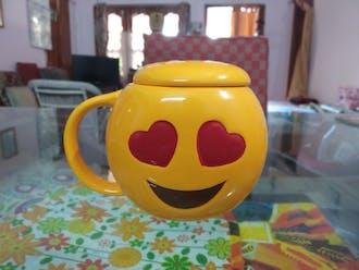 3D Emoji Mugs