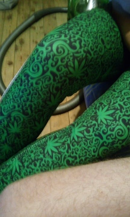 Fashion Stretch Leggings Weed With White Stripes Leggings