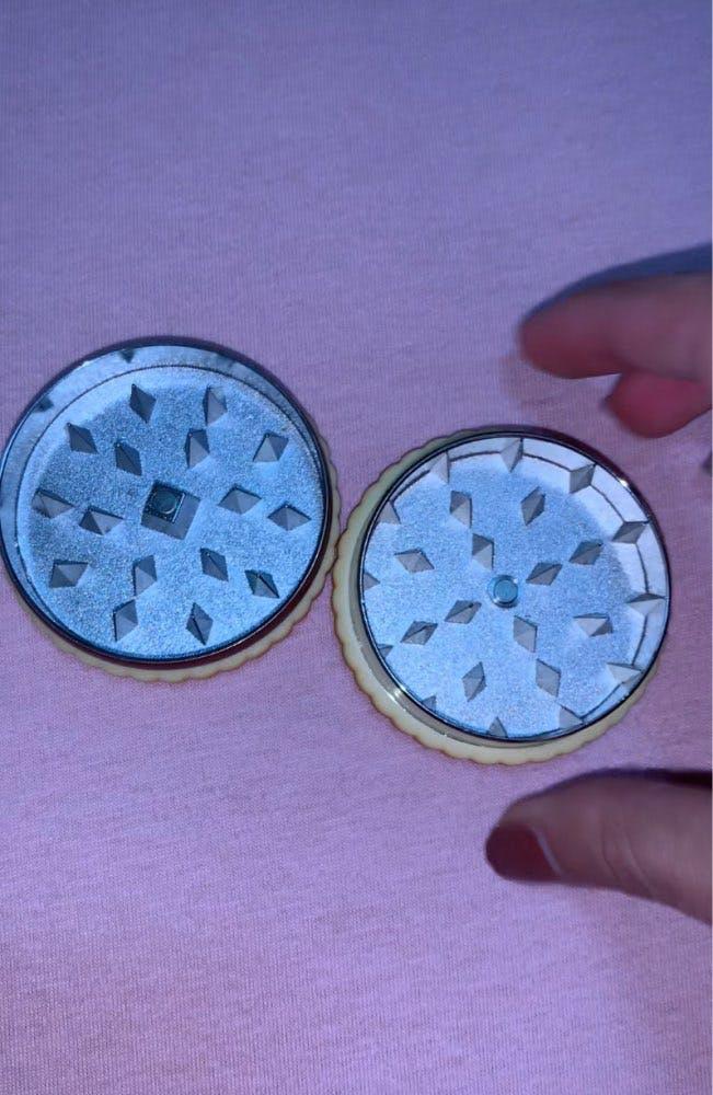 Biscuit dry herb Accessories Dual Layer Cookie / Biscuit Grinder