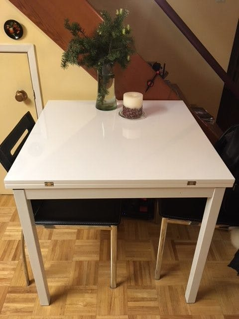 Echo – Small Square Folding Kitchen Table