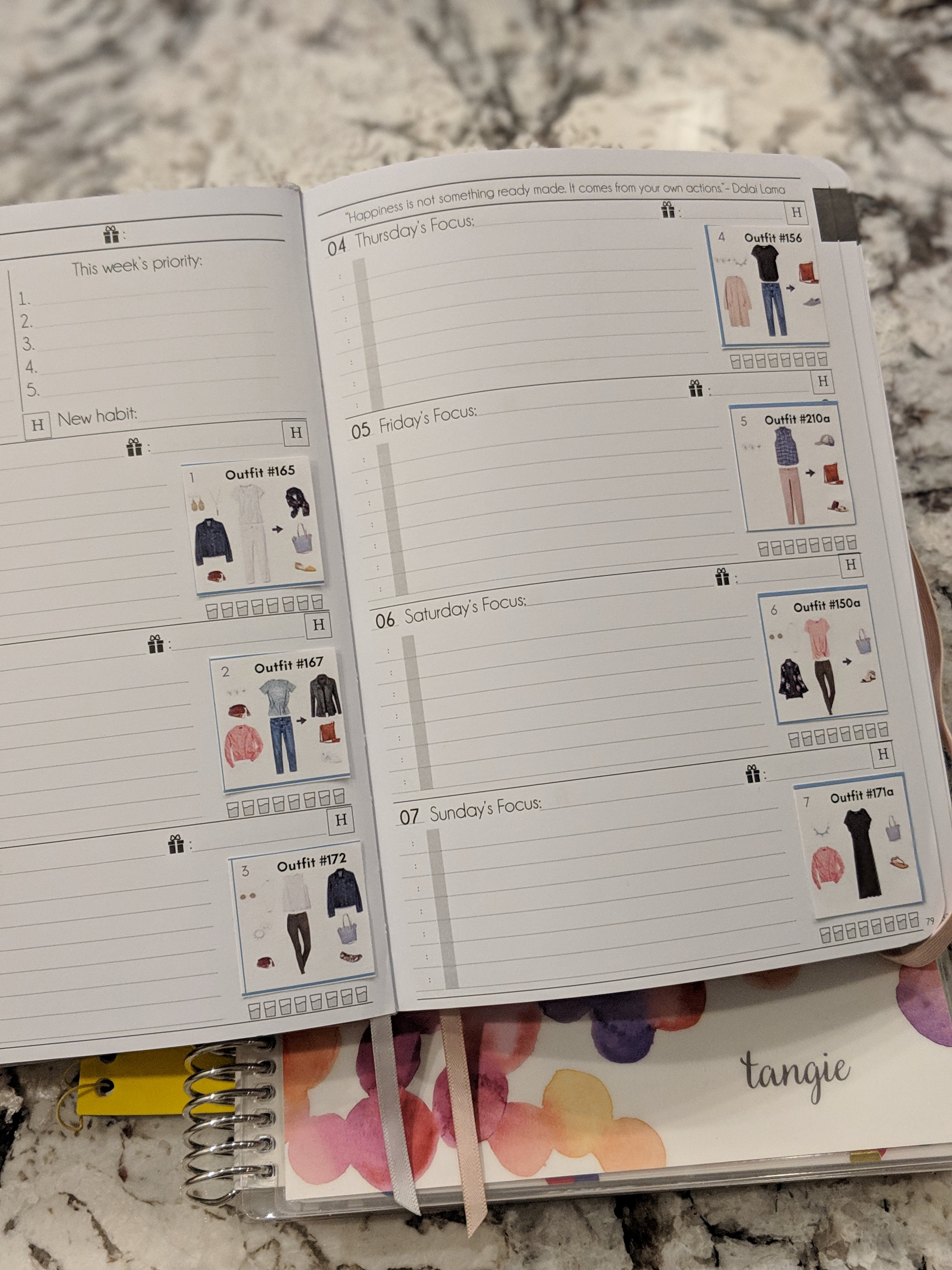 What to Wear 12-Month Outfits Calendar Printable (with Wardrobe Plan Booklet!)