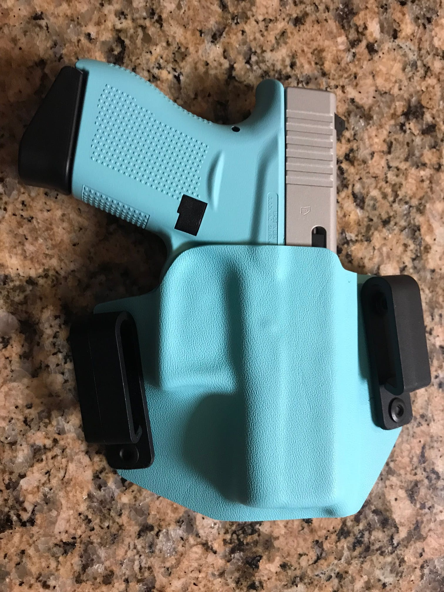 Two-in-One Holster (Inside/Outside the Waistband)