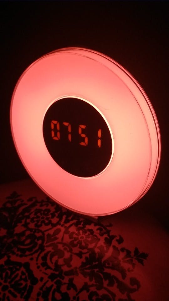 SALE Wake Up Light Sunrise Sunlight Alarm Clock with 6 Natural Sounds & FM Radio & Snooze Function and 7 Colors Bedside Lamp