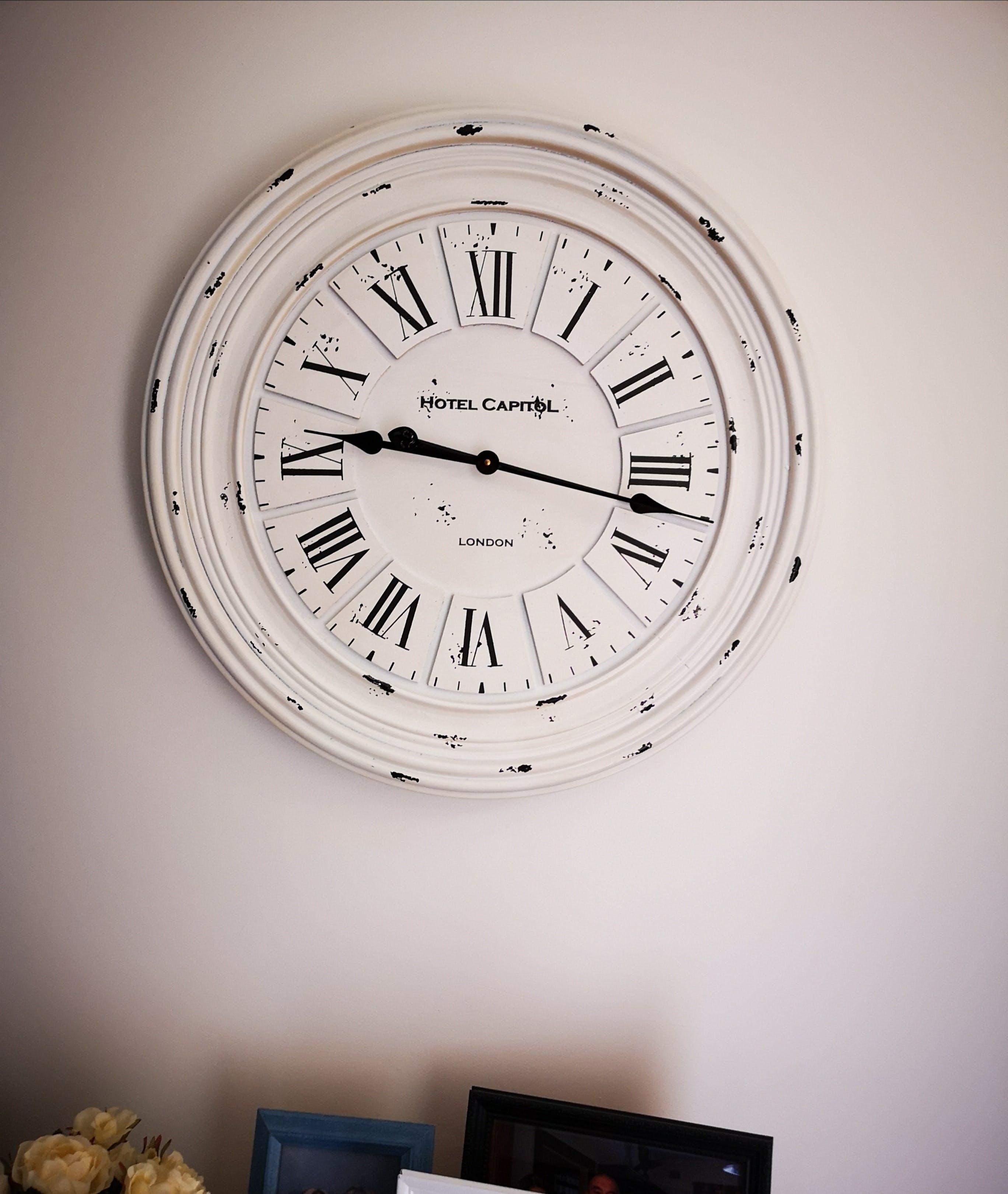 Casa Uno Hotel Capitol Wall Clock, 68cm