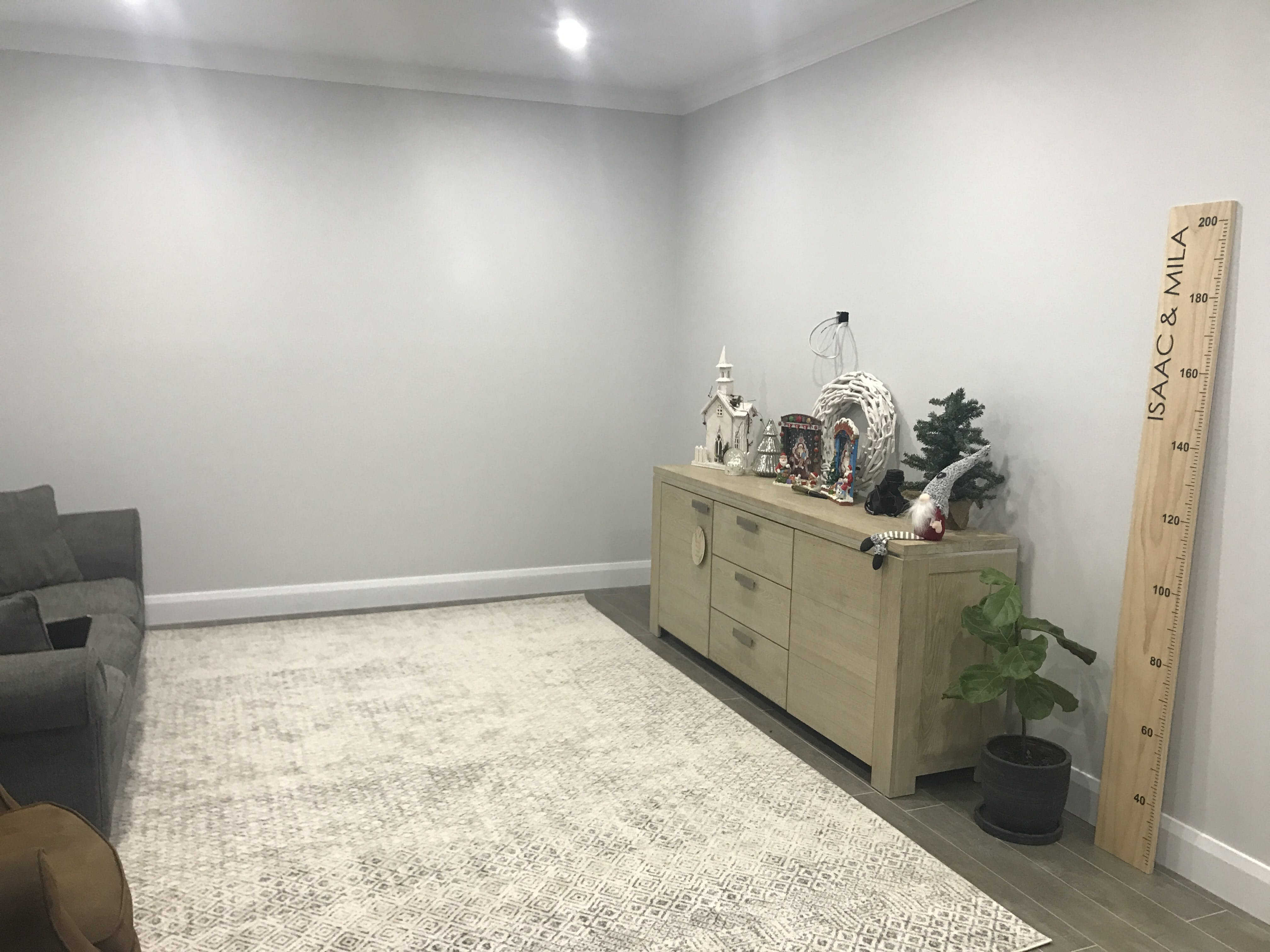 Rugsofbeauty Com Au Replied Hi Tara Thanks Very Much For Reviewing The Dacca Rug You Purchased From Us We Are So Glad That Hy With Your