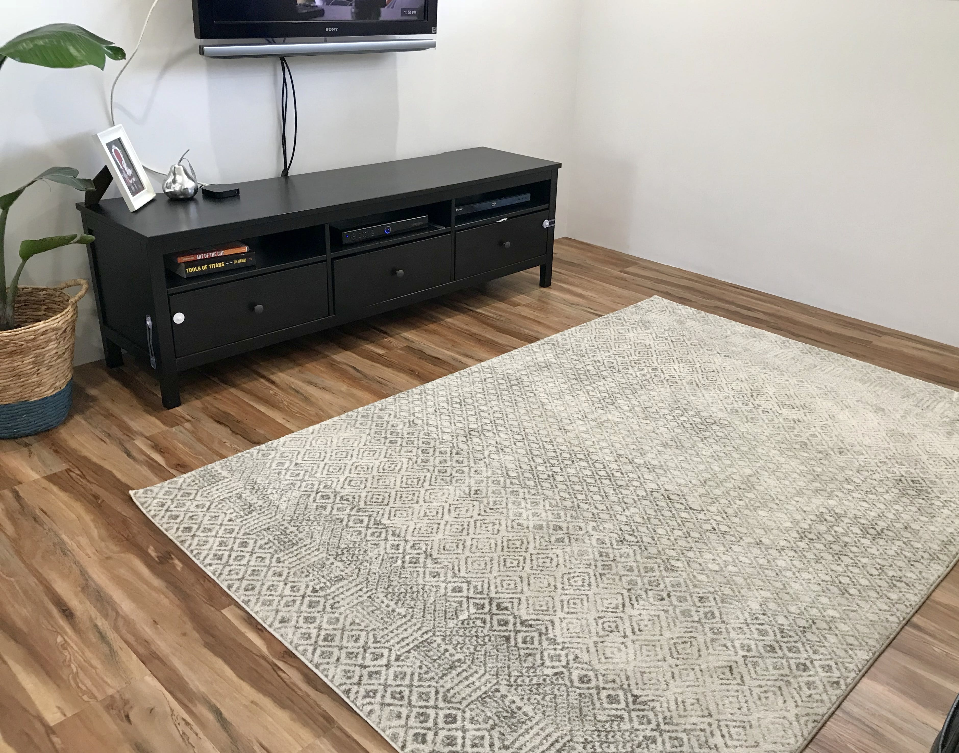 Rugsofbeauty Com Au Replied Dear Emma Thank You Very Much For Reviewing The Rug Purchased From Us We Are So Glad That Hy With Your