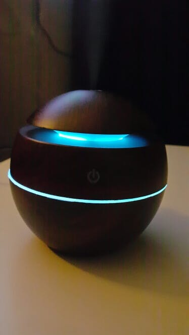 Aroma Oil Diffuser with 7 LED Color Options USB