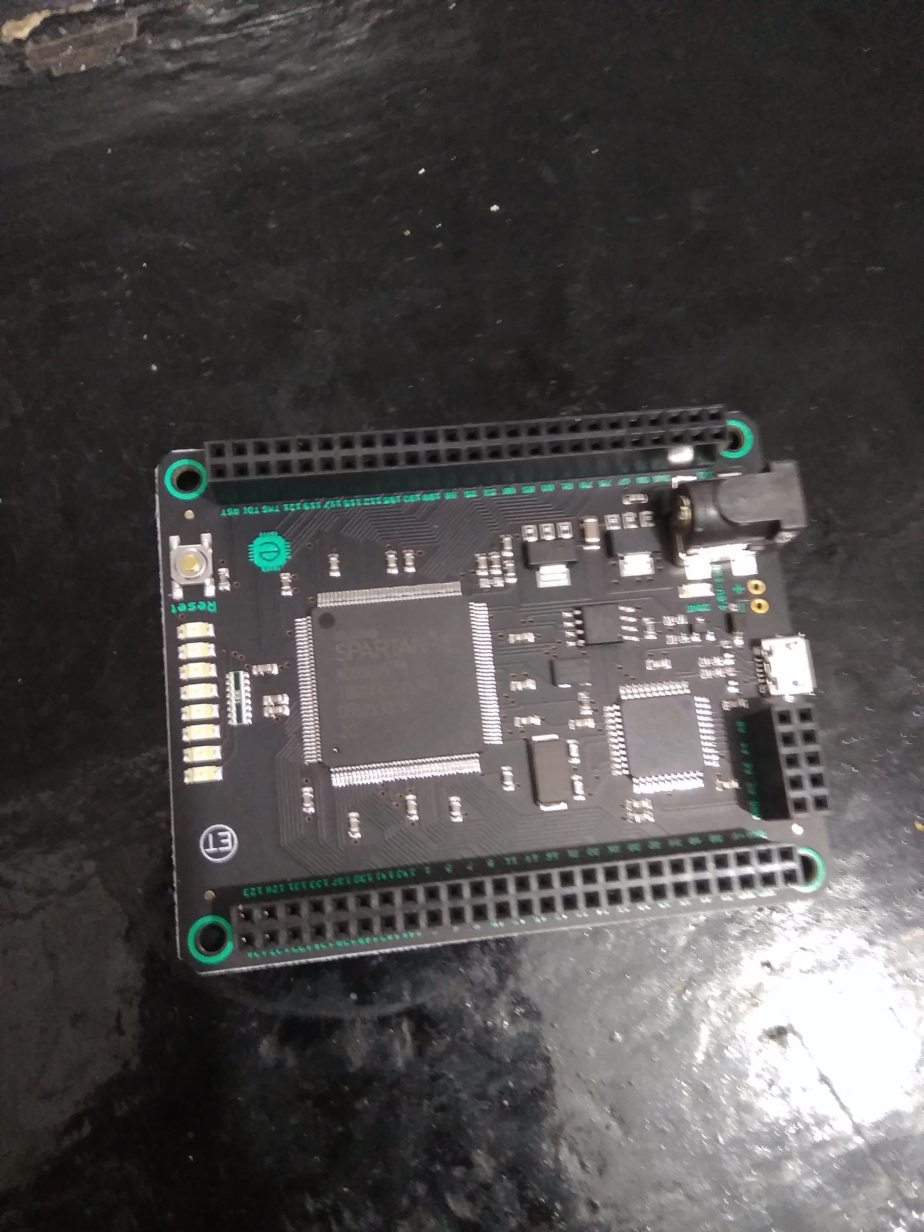 SparkFun Mojo v3 FPGA Development Board