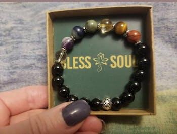 7 Chakra Balancing – 7 Gemstones on Black Onyx Stretch Bracelet