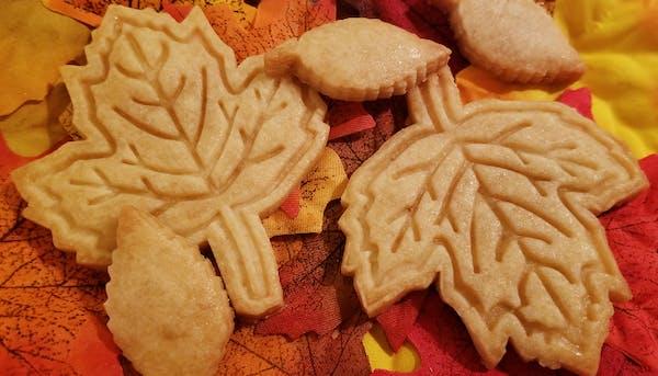 Maple Leaf Cookie Cutter   Stamp   Stencil #1