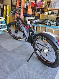 Electric Bike Fat Tire Nakto Cruise 300W 36V 10Ah - CRW26U009