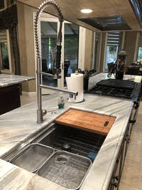 ZLINE Van Gogh Kitchen Faucet in Brushed Nickel (VNG-KF-BN)