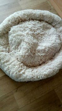 Ultra-Soft Calming Donut Bed