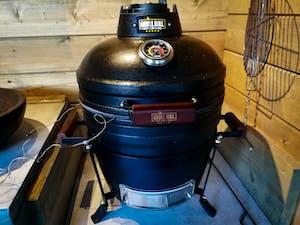 """Medium Kamado BBQ 16"""", Grill Bill Pro II"""
