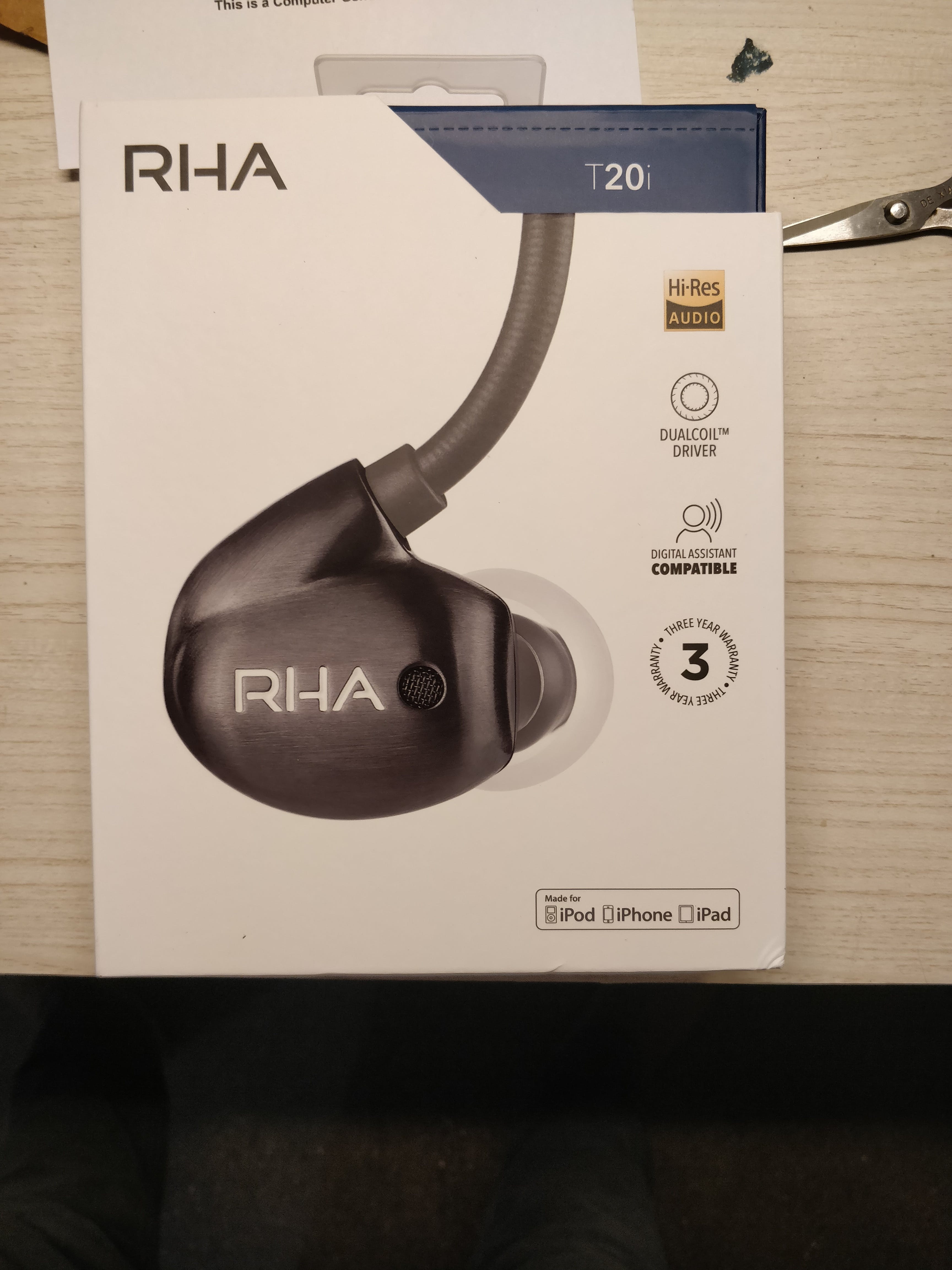 RHA T20i Earphones with Mic for iPhone (Dual Coil Dynamic