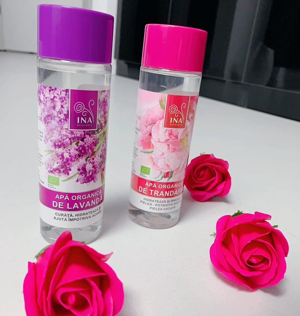 Apă organică de trandafiri pentru piele uscată - 200 ml (Hidrolat)