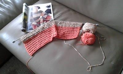 Breipakket zomerse strepen trui