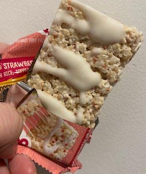 12 Strawberry & White Choc Crispy Treats