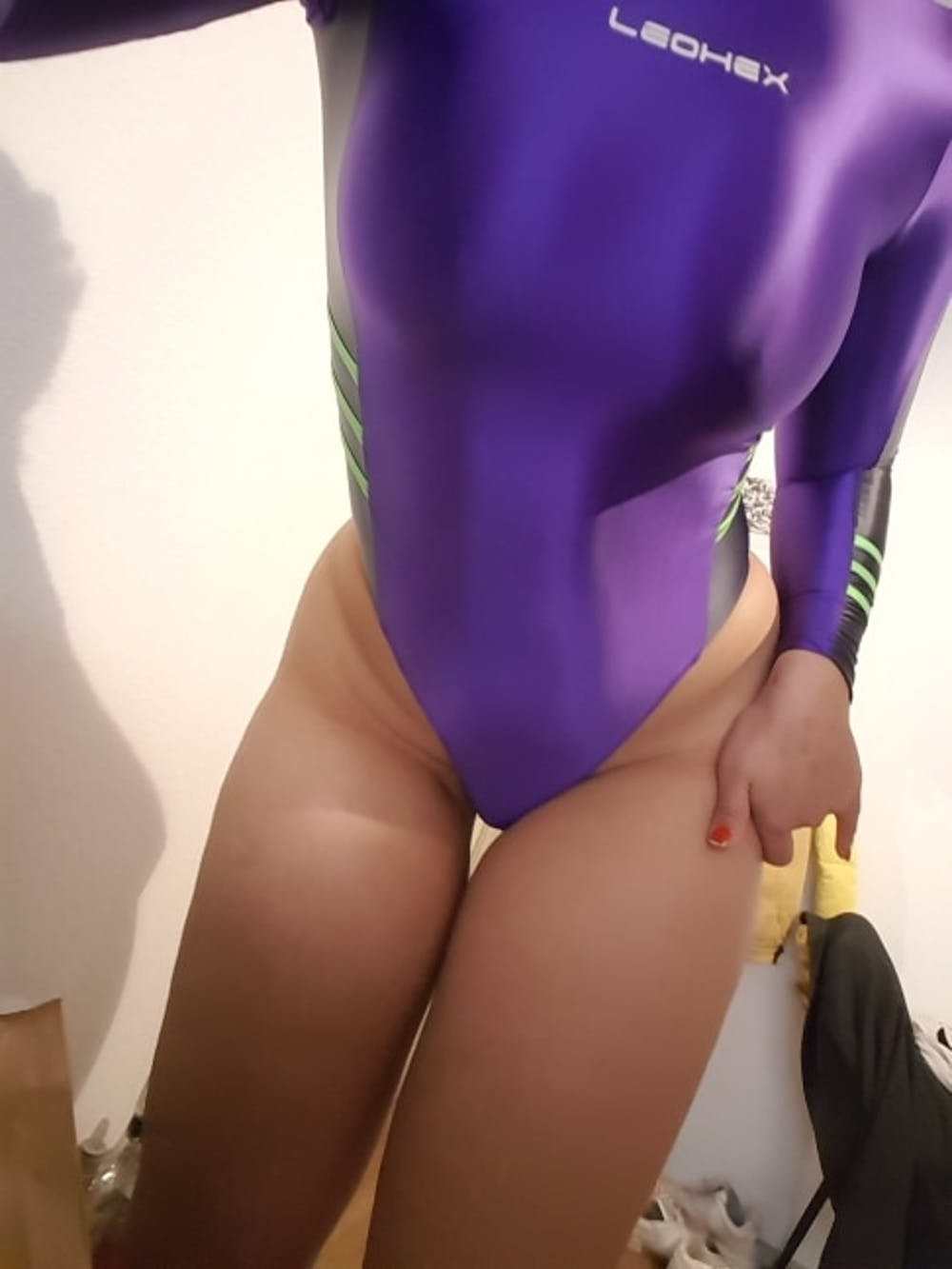 Shiny Spandex One-Piece Long Sleeve Swimsuit Leotard