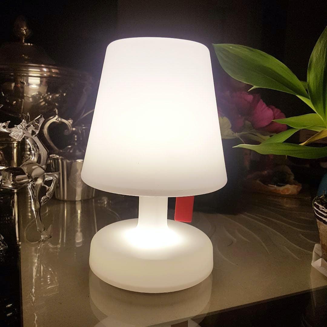 edison lamp tischleuchte ohne kabel led mylamp. Black Bedroom Furniture Sets. Home Design Ideas