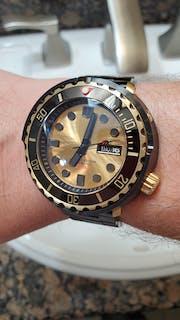 NMK920 Tuna SKX007/SRPD Watch Case Bundle: Black and Gold Finish