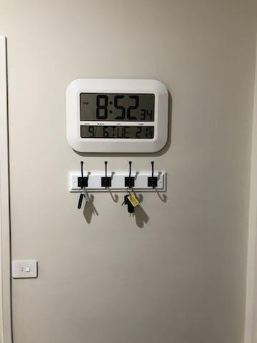 Checkmate Pearson Jumbo LCD Calendar Temp Wall & Desk Clock, 46cm