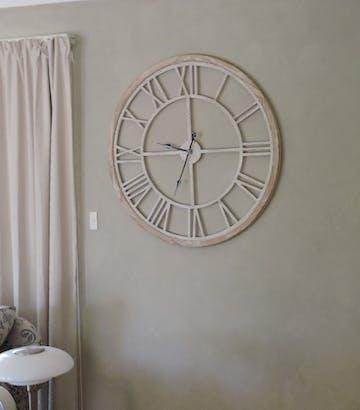 XXL Hamptons Crackle Finish Floating Wall Clock, 93cm