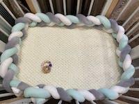 Tour de lit tressé Vert d'eau/Blanc/Gris