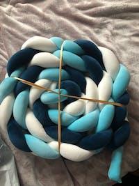 Tour de lit tressé Bleu/Blanc/Bleu Foncé