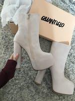 ARIEL - nude block heel boots