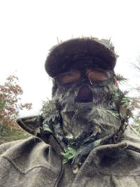 Mossy Oak Obsession Camo Hat with Build-in Leafy Camo Face Concealment (Small/Regular 58cm, 7¼ ADJ)