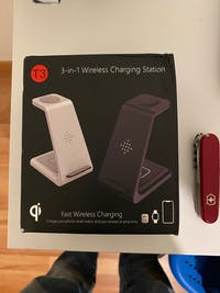 3 in 1 Wireless Charging station For iPhone or Samsung phones, Buds/airpod and Apple Watch