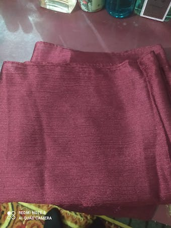 Essential Silk - Maroon