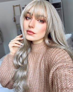 Ash Blonde Wavy Synthetic Wig NS061