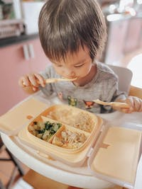 Yaytray® Deluxe | Singapore's First All-In-One Kids Tray! (FDA Approved)
